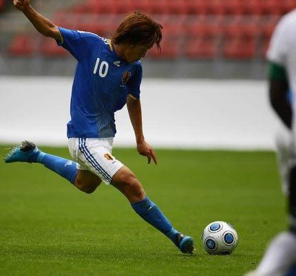 Footballer-.jpg